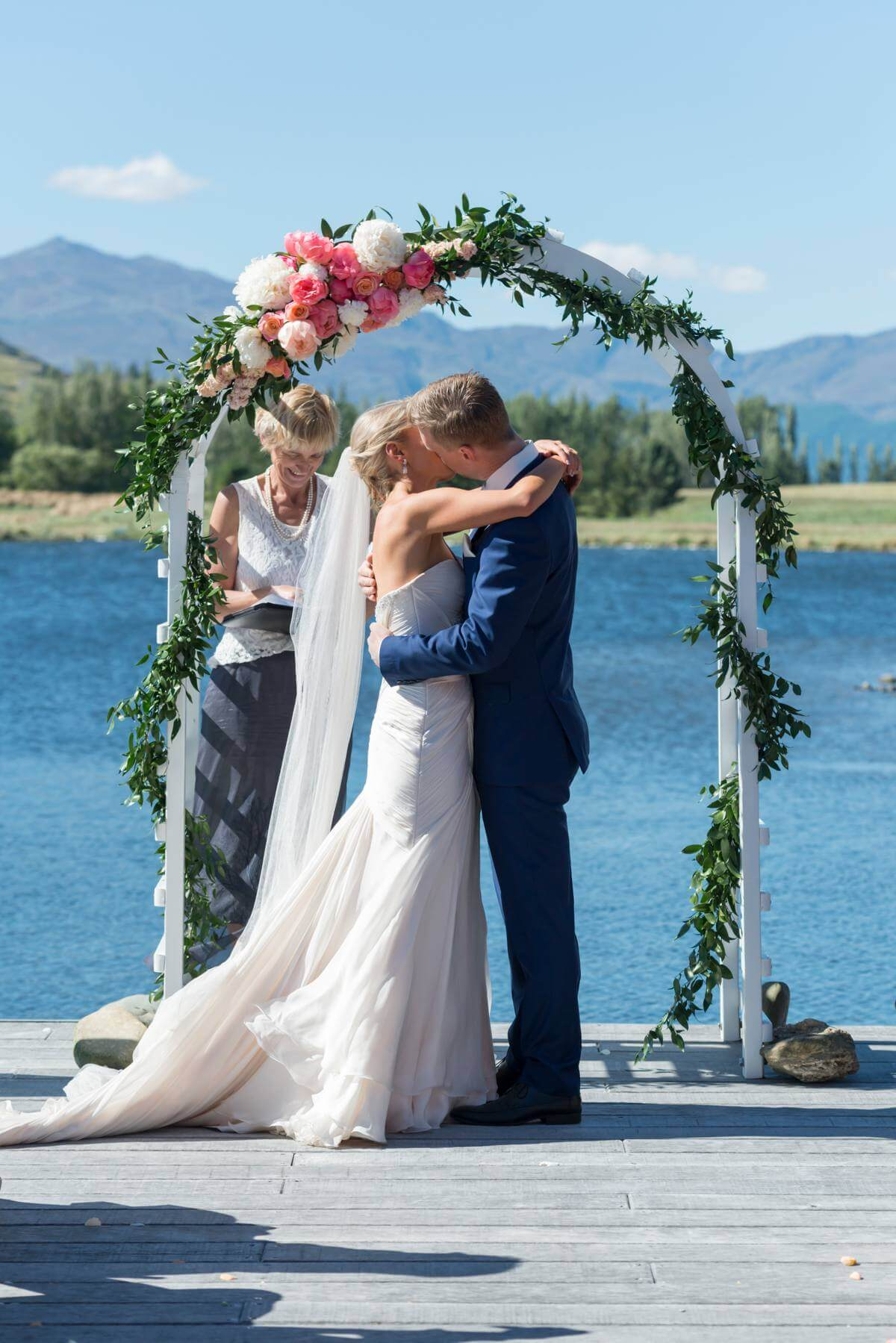 queenstown-wedding-photography-sarah-and-rich_0025